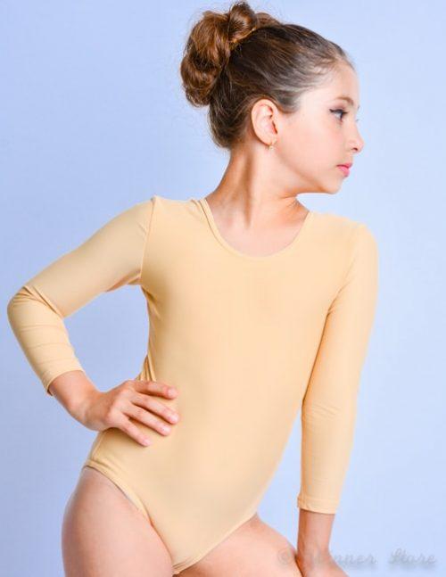 телесный гимнастический купальник