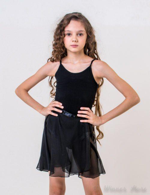 черная шифоновая юбка