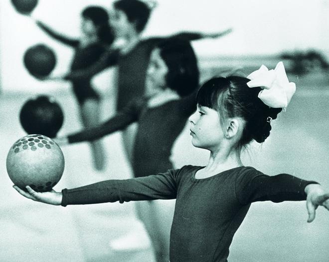 Тренировка юных спортсменок, 60-е