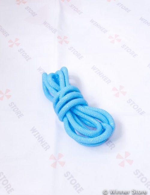 голубая гимнастическая скакалка